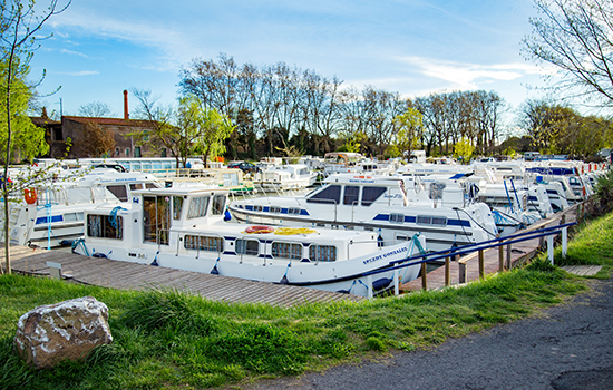 Agde am Canal du Midi - Hausbootstation