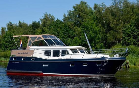 Motorboot in Friesland ab Drachten
