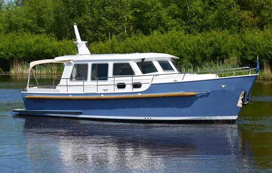 Hausboot Bravoure 34 für 2 Personen