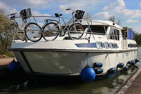 Hausboot chartern: Tarpon 42 Trio Prestige