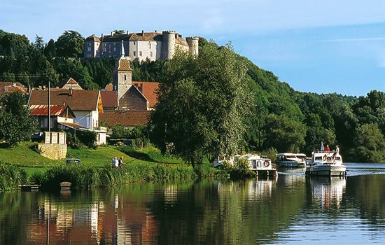 Hausboote bei Ray-sur-Saone - Franche Comte