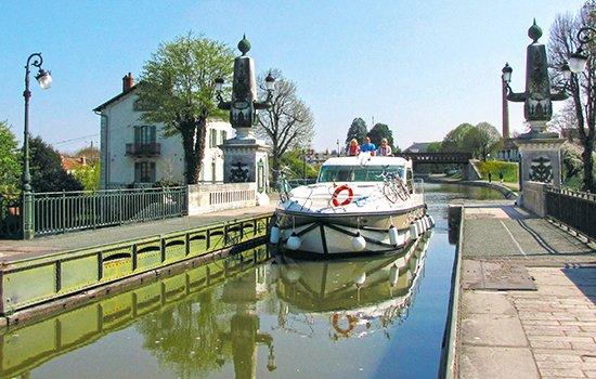 Loire-Tal - Brücke bei Briare