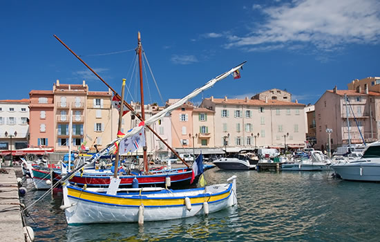 Yachtcharter Kroatien - ACI Martina Trogir mit dem Waypoint-Steg