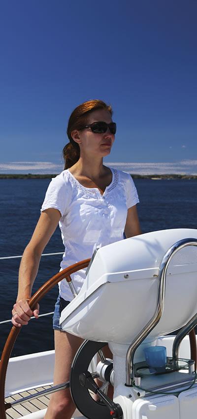 Flottillen-Törns mit Nautic-Tours - Skipperin